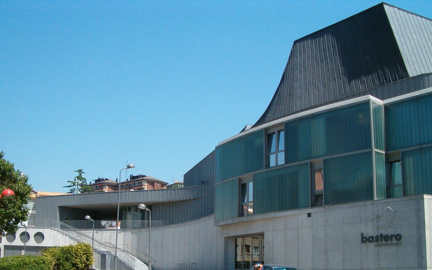 Centro Cultural Bastero 2